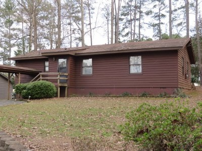 Mecklenburg County Single Family Home For Sale: 486 Dogwood Dr