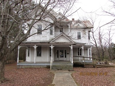 Mecklenburg County Single Family Home For Sale: 106 Grace St.
