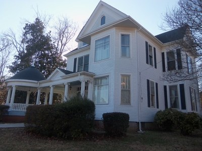 Mecklenburg County Single Family Home For Sale: 579 Washington St.