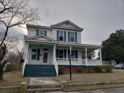 Single Family Home For Sale: 300 E Tennessee Ave.