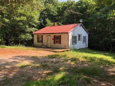 Mecklenburg County Single Family Home For Sale: 828 Oral Oaks Road