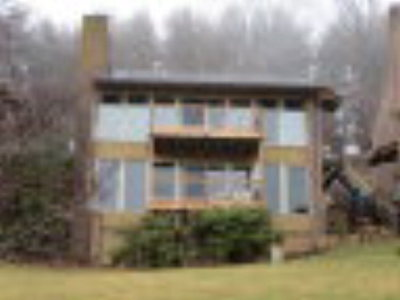 Hillsville Condo/Townhouse For Sale: 28 Doe Highlands Tc 109