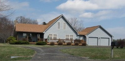 Hillsville Single Family Home For Sale: 95 Overlook Hills Drive