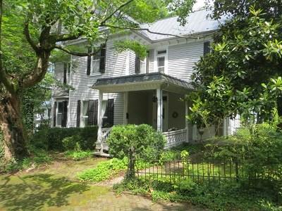 Abingdon Single Family Home For Sale: 155 Main Street