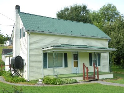 Marion Single Family Home For Sale: 2817 Scratch Gravel Rd.