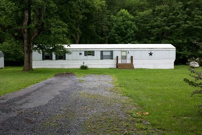 Damascus Manufactured Home For Sale: 24174 Jeb Stuart Hwy.