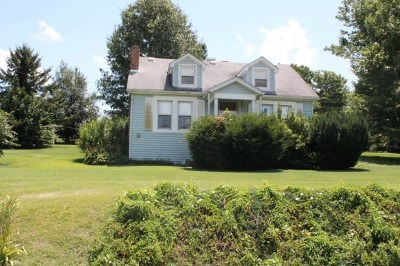 Chilhowie Single Family Home For Sale: 12299 Friendship Rd