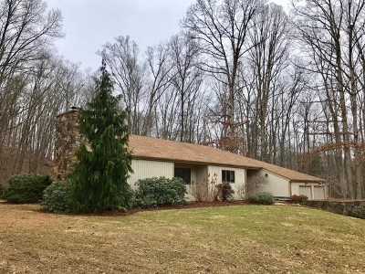 Bristol Single Family Home For Sale: 22005 Jewell Drive