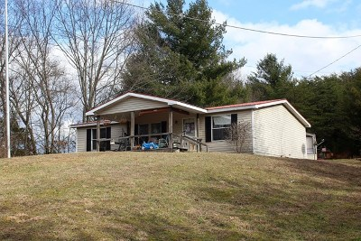 Damascus Manufactured Home For Sale: 21228 McCann Rd