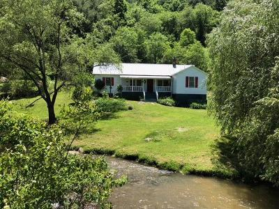 Grayson County Single Family Home For Sale: 43 Knob Fork Lane