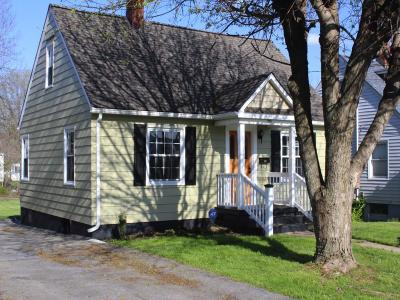 Bristol VA Single Family Home For Sale: $114,900