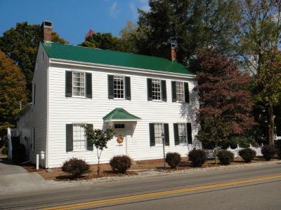 Abingdon VA Single Family Home For Sale: $399,000