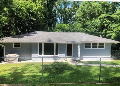 Bristol Single Family Home For Sale: 103 Jefferson Drive
