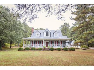 Gloucester Single Family Home For Sale: 5592 Millwood Dr