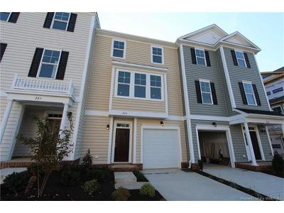 Hampton County, Isle Of Wight County, James City County, New Kent County, Suffolk County, Surry County, Williamsburg County, York County Condo/Townhouse For Sale: Mm Laurel #MM