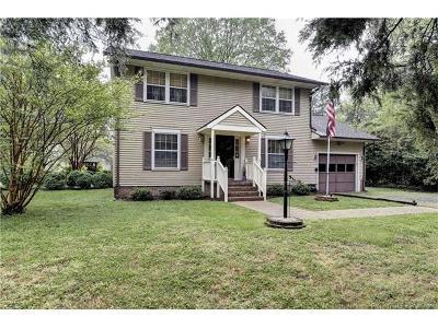 Birchwood Park Single Family Home For Sale: 102 Dogwood Drive