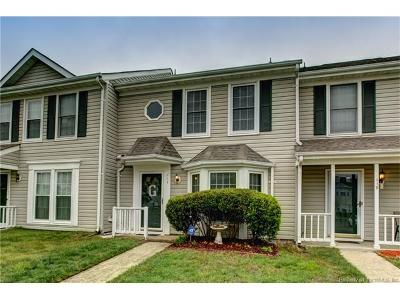 Yorktown Condo/Townhouse Sold: 117 Sterling Court