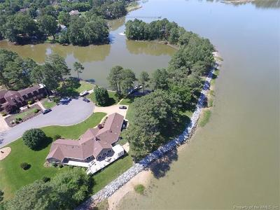 Poquoson Single Family Home For Sale: 46 Edwards Road