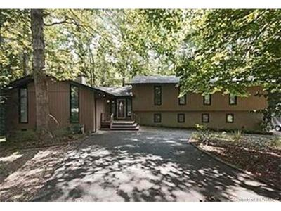 Windsor Forest Single Family Home For Sale: 304 Hempstead Road