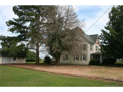 Single Family Home For Sale: 223 Lovers Lane