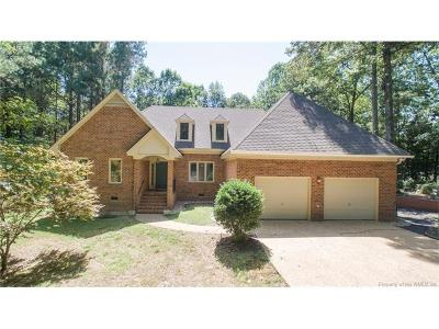 Single Family Home For Sale: 20 Hilltop Court