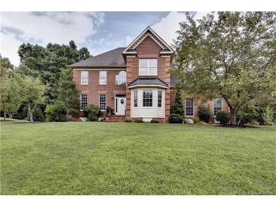 York County Single Family Home For Sale: 200 Creek Point Circle