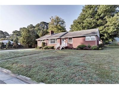 Newport News Single Family Home For Sale: 115 Woods Road