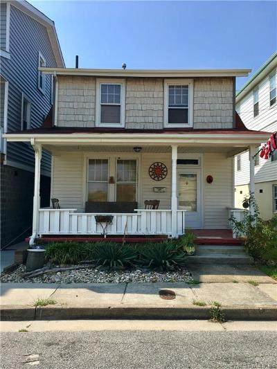 Norfolk Single Family Home For Sale: 1505 Lea View Ave