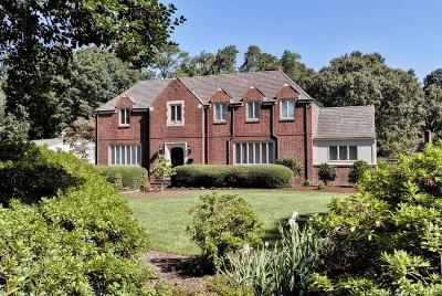 Newport News Single Family Home For Sale: 900 Riverside Drive