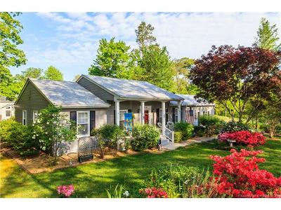 Single Family Home For Sale: 614 Tam-O-Shanter Boulevard
