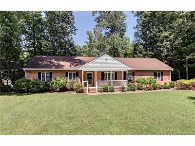 Williamsburg Single Family Home For Sale: 105 John Pott Drive