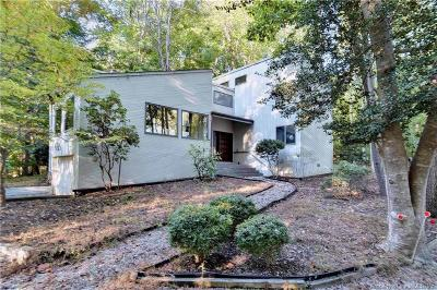 Williamsburg Single Family Home For Sale: 137 Macaulay Road