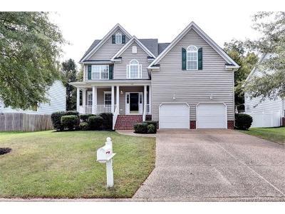 York County Single Family Home For Sale: 709 Schooner Boulevard