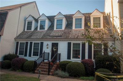 Condo/Townhouse For Sale: 25 Capps Quarters
