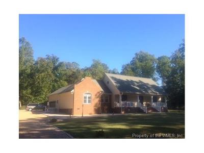 Surry Single Family Home For Sale: 704 Surry Landing Drive