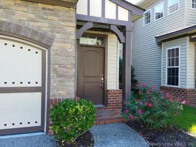 Isle of Wight County Condo/Townhouse For Sale: 1703 James River Trail #1703