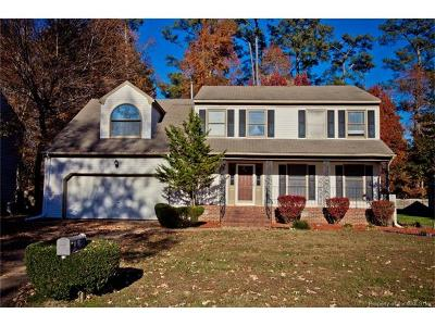 Yorktown Single Family Home For Sale: 119 Runaway Lane