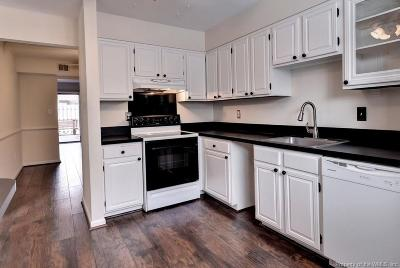 Newport News Condo/Townhouse For Sale: 1088 Willow Green Drive