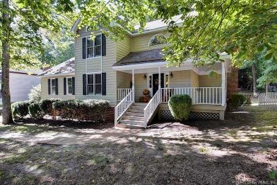 Single Family Home For Sale: 14 Sussex Court