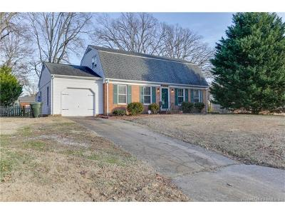 Newport News Single Family Home For Sale: 882 Clemson Drive