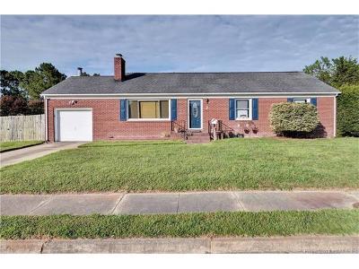 Hampton Single Family Home For Sale: 2 Rust Street