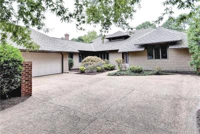 Single Family Home For Sale: 100 Ellinson Court
