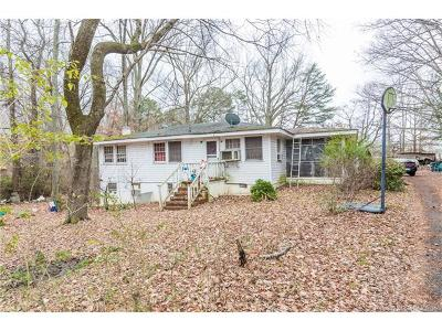 Single Family Home For Sale: 3105 Ironbound Road