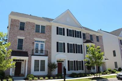 Yorktown Condo/Townhouse Sold: 605 Fleming Way #605