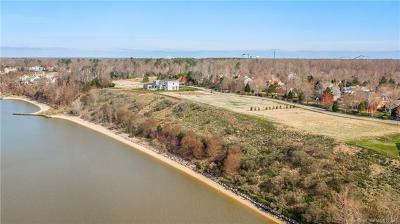 Isle Of Wight County, James City County, Mathews County, Middlesex County, New Kent County, Newport News County, Poquoson County, Suffolk County, Surry County, Williamsburg County, York County Residential Lots & Land For Sale: 128 River Bluffs