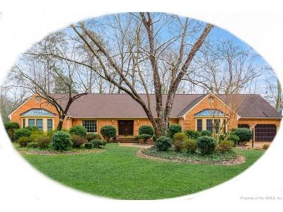Yorktown Single Family Home For Sale: 106 Lookout Point