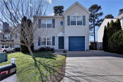 York County Single Family Home For Sale: 206 Bruton Drive