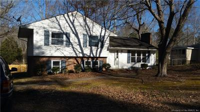 Single Family Home For Sale: 126 Oslo Court