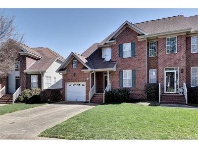 Hampton County, Isle Of Wight County, James City County, New Kent County, Suffolk County, Surry County, Williamsburg County, York County Condo/Townhouse For Sale: 437 Zelkova Road