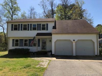 Yorktown Single Family Home For Sale: 102 Terrywood Court